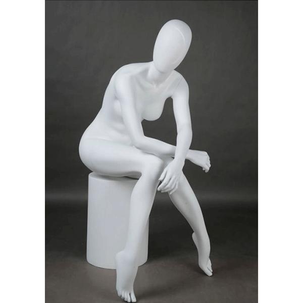 soul sister maniqui mujer sentado abstracto