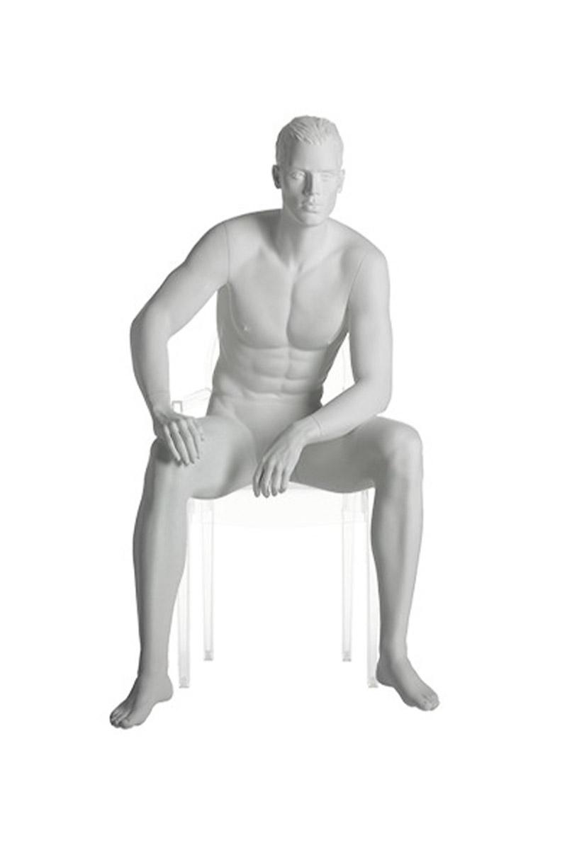 maniqui hombre realista esculpido